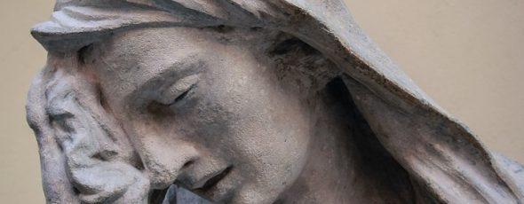 statue facepalm